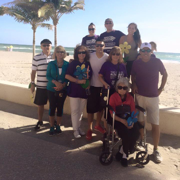 walk-to-end-alzheimers-2015-7